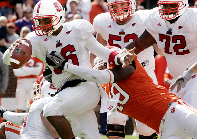 Clemson fumbled five times (losing two), threw an interception, had a touchdown called back on a holding penalty and missed two short field goals -- yet still managed to beat NC State by a point thanks to a strong defensive effort from the Tigers, who held Russell Wilson and the Wolfpack to 275 total yards.