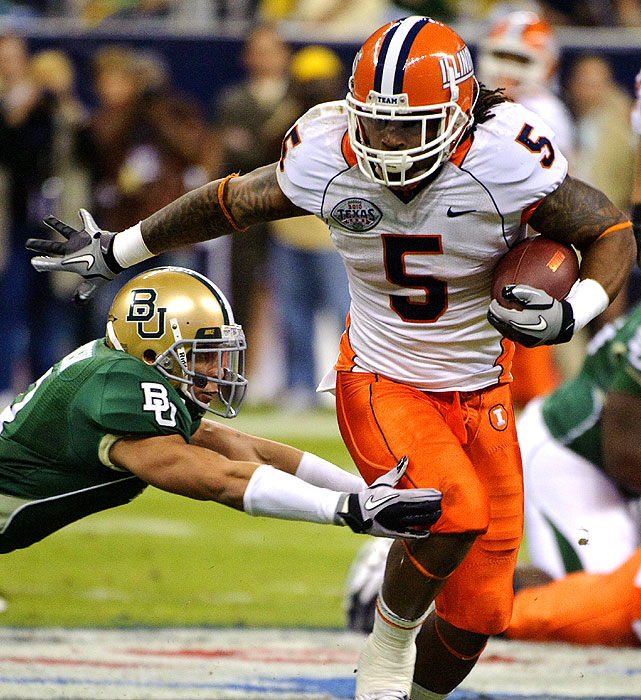 Mikel Leshoure and Illinois spoiled Baylor's first bowl appearance since 1994. Leshoure ran for 184 yards and a career-high three touchdowns and set five school records as Illinois earned its first bowl victory in 11 seasons. Robert Griffin III threw for 306 yards and a touchdown for Baylor, but his two first-half fumbles helped put the Bears in a hole they couldn't get out of.