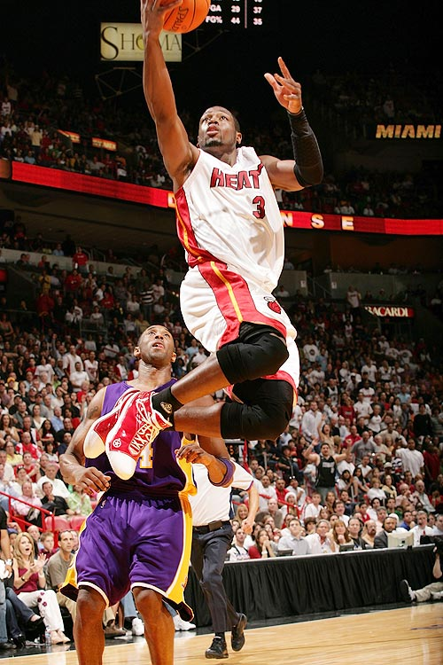 Lakers-Heat on Christmas Day was expected to be a one-on-one battle between Dwyane Wade and Kobe Bryant. Bryant missed the memo apparently, as Wade exploded for 40 points, 11 assists, four steals and four blocks in the Heat's 101-85 victory. Bryant was held to 16 points, one over his season-low.