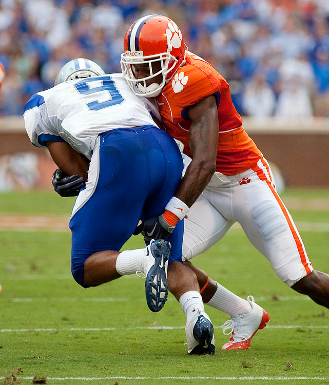 McDaniel has been a steady player for Clemson since his freshman campaign. He's  an intimidating run defender that displays coverage skills in the middle of the  field. McDaniel has NFL size and is another defensive back scouts feel would be  best playing in a zone system.    3 rd /4 th  Round Prospect