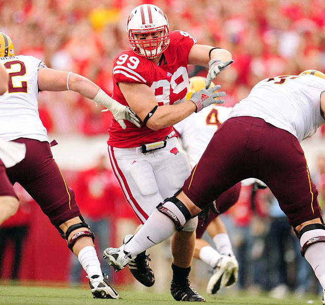 Yet another quality defensive lineman from the Big Ten, Watt comes off a  tremendous season in which he displayed jaw-dropping skill.    He was dominant in all aspects of the game, which is astonishing when considering he was a tight end just three years ago.    His upside is enormous.      1 st  Round  Prospect