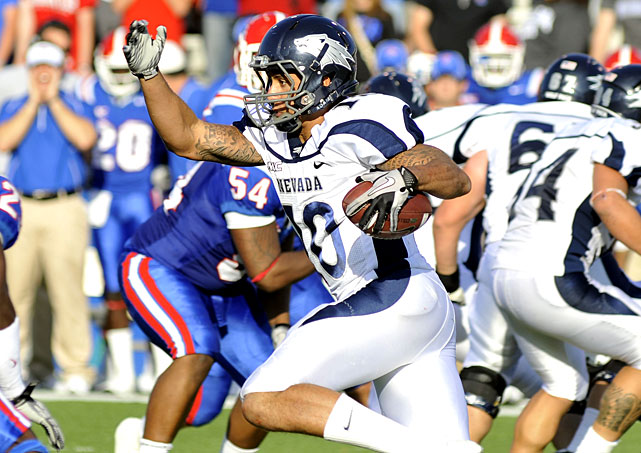 The Wolf Pack have run their way to a piece of the WAC title. A week after knocking off Boise State, Nevada (12-1, 7-1 WAC) piled up 359 rushing yards on Louisiana Tech (4-7, 4-4). Vai Taua rushed for 162 yards and two scores and Colin Kaepernick scored three times on the ground, tying Nebraska's Eric Crouch for the NCAA record for rushing touchdowns by a quarterback.