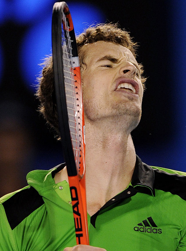 Murray reacts to a lost point against Ferrer.
