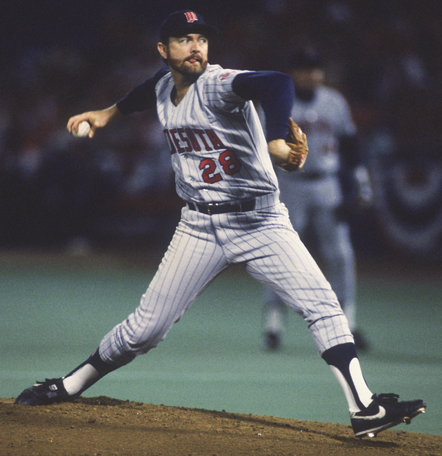 The Twins traded for Blyleven midway through the 1985 season. That year he had 17 wins, a league-high 293 innings pitched, 24 complete games, 5 shutouts and 206 strikeouts. He also made the All-Star team and finished third in CY Young voting again.