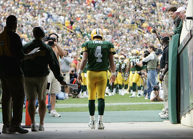 Brett Favre prepares to exit the tunnel before a 2006 game against the Chicago Bears.