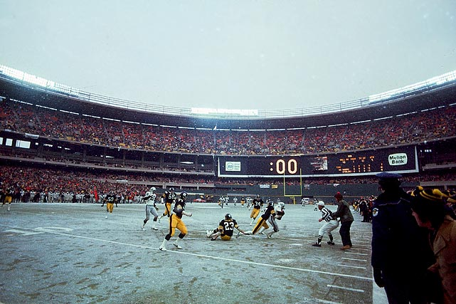 Pittsburgh beat the Raiders 16-10 on Jan. 4, 1976, to advance to Super Bowl X.  Cliff Branch (pictured) was tackled at the 15 as time ran out at Three Rivers Stadium.