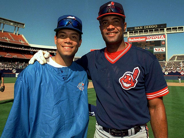 Alomar shares a moment with his brother Sandy before the 1992 All-Star game in San Diego. The Alomar brothers would spend six All-Star games together and four regular seasons playing on the same team.