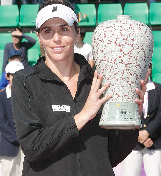 def. Galina Voskoboeva 7-6 (0), 7-6 (2) WTA International, Hard (Outdoor), $220,000 Seoul, South Korea
