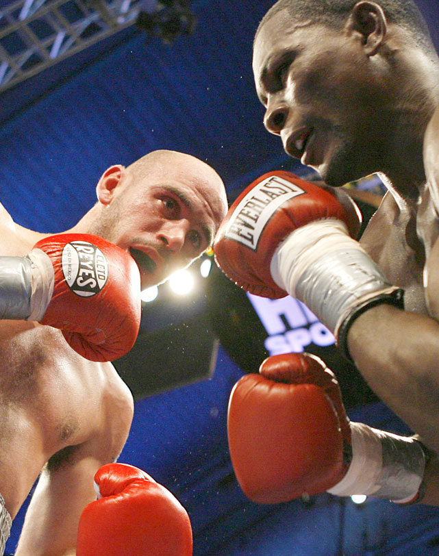 Pavlik was knocked down in the second, but rallied to turn the tide in the middle rounds.