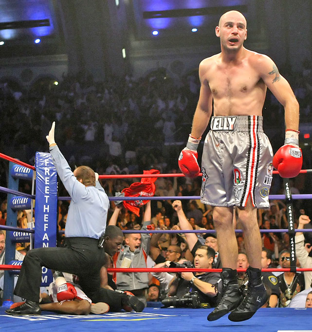 Pavlik, still trailing on all three official scorecards, knocked out Taylor in the seventh round to capture the world middleweight championship.
