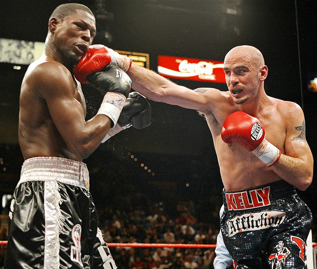 Pavlik punches Taylor during the 11th round of their rematch at the MGM Grand in Las Vegas. Though Pavlik was middleweight champion, their second meeting was a non-title bout.