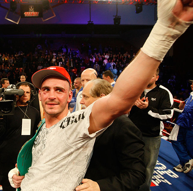 Pavlik celebrates after defeating Espino before a hometown crowd at the Beeghly Center on the campus of Youngstown State University.