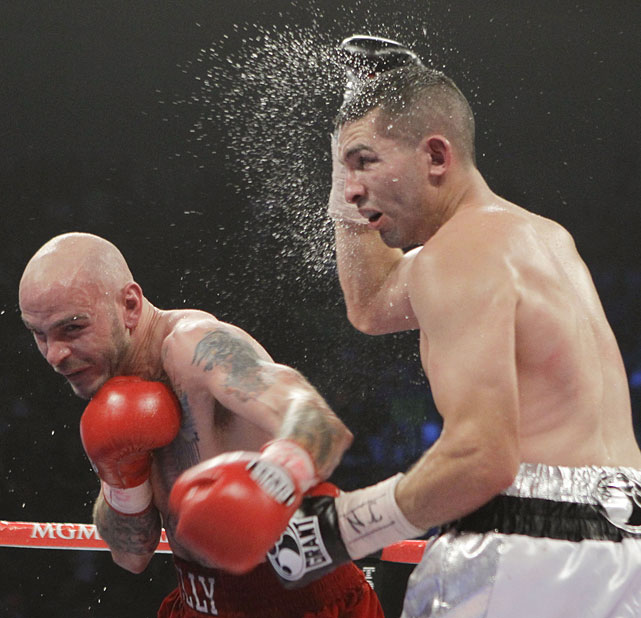 Returning to action after two stints in rehab, Pavlik outpointed Alfonso Lopez by a majority decision on the Manny Pacquiao-Shane Mosley undercard in Las Vegas.