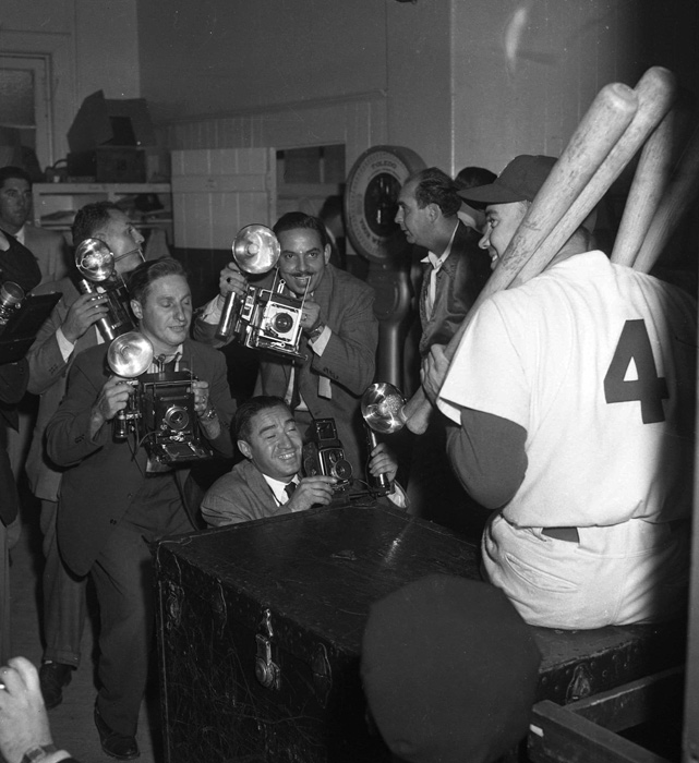 Snider joined the Dodgers midway through the 1948 season and led them a World Series appearance the following year, where they lost to the Yankees. He soon became one of Brooklyn's most popular players and the center of attention for the media.