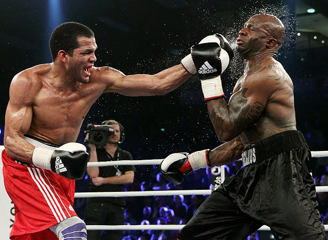 Cuban Yoan Pablo Hernandez lands a left hook on Steve Herelius of France during the WBA cruiserweight title fight on Feb. 12 in Muelheim, Germany.