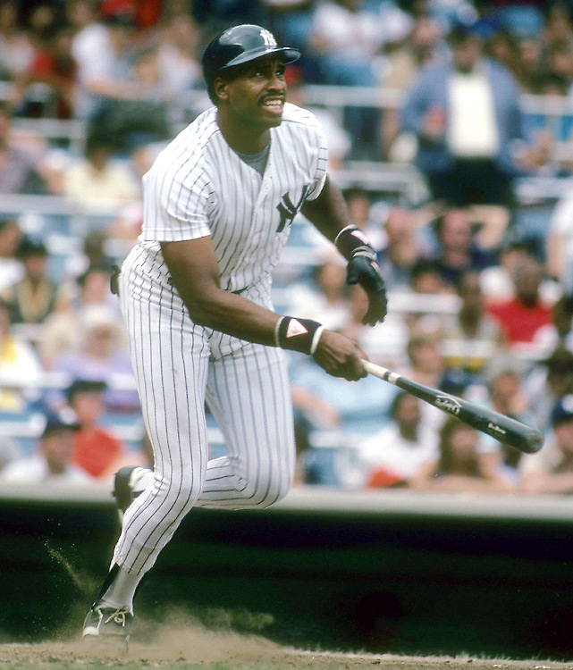 Dec. 15, 1980: Dave Winfield becomes the highest-paid player in baseball when he signs a 10-year, $15 million contract with the Yankees. It is the first eight-figure deal for a player in major league history.