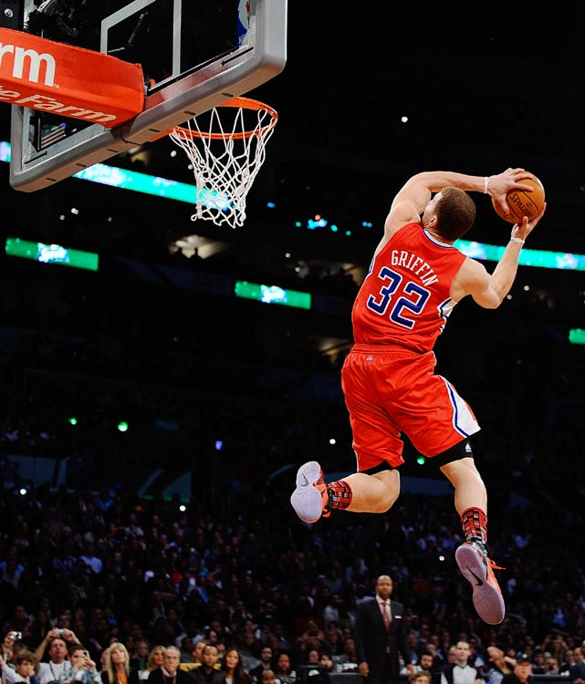 Griffin's first dunk of the night set the tone for one of the most entertaining slam dunk contests in recent memory. Griffin's two-handed, 360-degree slam earned a 49 from the judges.