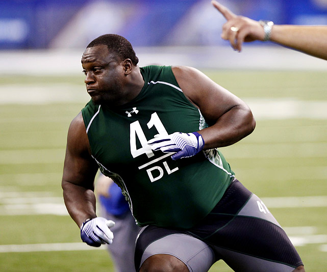 Powe is a big man who controls the line of scrimmage. He's a dominant force at the top of his game yet has stretches where he disappears from the action.