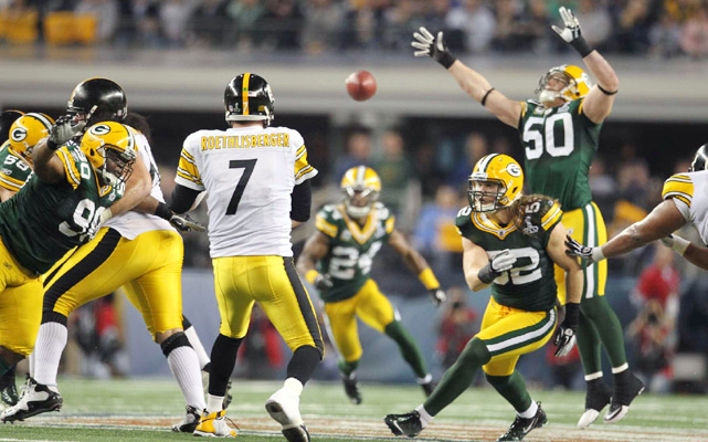 Steelers quarterback Ben Roethlisberger throws a pass picked off by Packers cornerback Jarrett Bush.