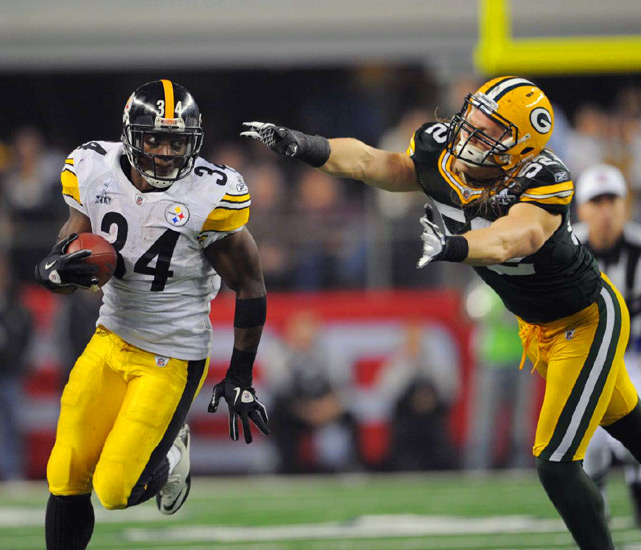 Rashard Mendenhall runs past Packers linebacker Clay Matthews in the third quarter.