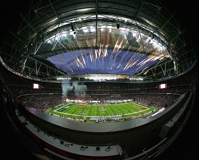 "Wembley Stadium boasted a Super Bowl atmosphere as the Patriots dominated the Buccaneers 35-7 in the NFL's third straight regular season game in London.  For Tom Brady and the Patriots, they were happy to go out on top.  ""[Playing in London] will probably never happen again for us,"" he said, ""so we'll retire 1-0 internationally."""