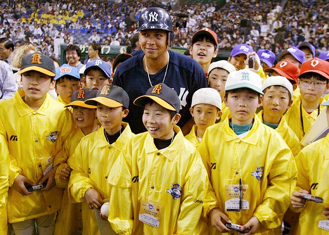In his return to the Tokyo Dome, Hideki Matsui and the Yankees fell to the Devil Rays 8-3.  Reigning AL MVP, Alex Rodriguez, made his debut with the Yankees somewhat quietly, going 1-for-4 but he did earn the admiration of countless fans.