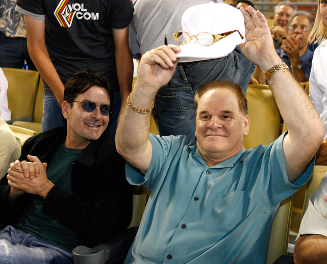 Sheen at a Dodgers-Reds game with Pete Rose in August 2006.