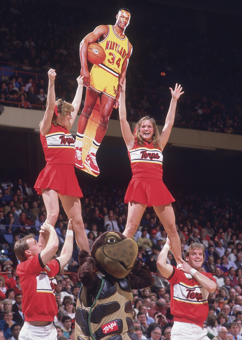 Maryland cheerleaders proudly display a cutout of Bias.