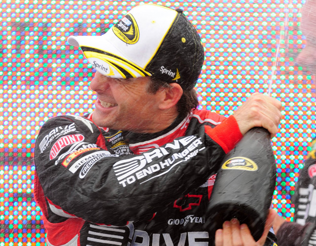 Gordon outdueled teammate Jimmie Johnson to earn his 85th career victory and claim sole possession of third-place on NASCAR's all-time wins list. It was his third win of the season and his fifth at Atlanta Motor Speedway.