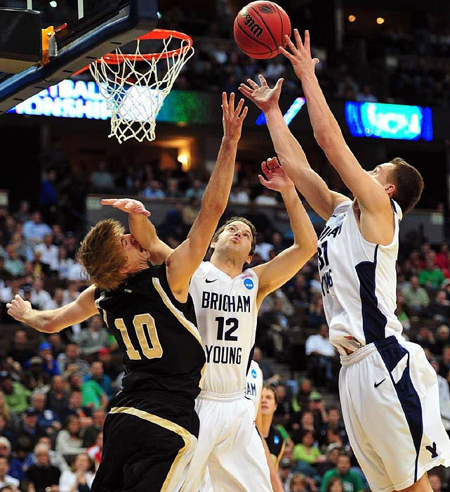 BYU won a school-record 31st game as Jimmer Fredette scored 32 points in the victory over Wofford.