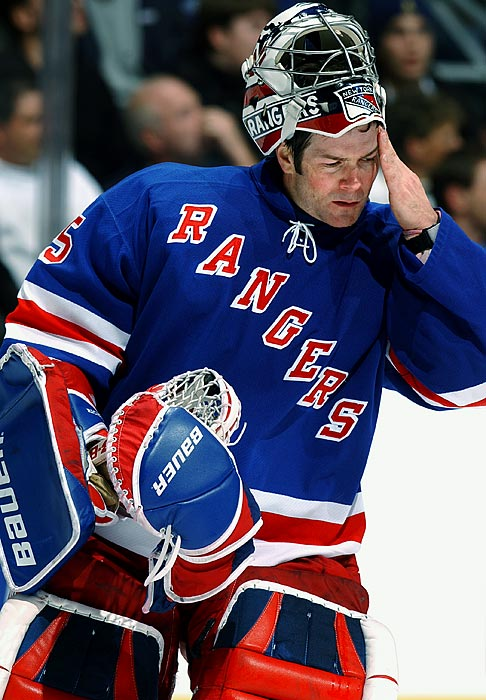 The goaltender, who backstopped the Rangers' 1993-94 Stanley Cup championship team and is now in the U.S. Hockey Hall of Fame, suffered two concussions in the space of eight months -- one caused by a shot to the mask, the other by a knee to the head -- and had to retire in September 2003, before the start of his 15th NHL season. Richter, who was almost 37 at the time, wanted to keep playing.