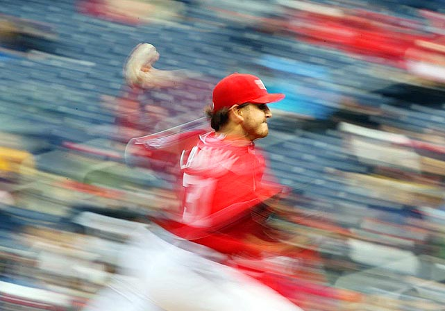 SI photographer Simon Bruty captured the energy of Nationals Park as John Lannan pitched during the Nationals' 6-3 win over the Braves.