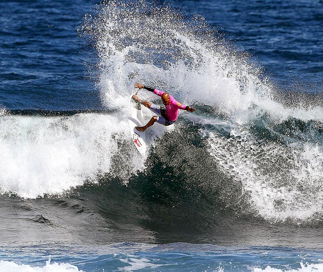 Kelly Slater couldn't have asked for better conditions as he shreds a wave at the 2011 Margaret River Pro in Perth, Australia.  It was the first time Slater competed in the event since 1993.