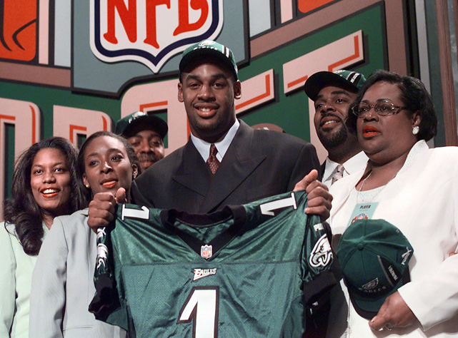 The Syracuse QB was booed on draft day by Eagles fans who wanted running back Ricky Williams. But the six-time Pro Bowl QB led Philadelphia to five NFC championship games and a Super Bowl appearance.
