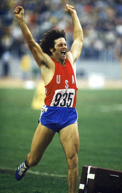 A former college football player, Bruce Jenner had to give up his gridiron aspirations because of a knee injury. But his backup plan turned out pretty well, after his football coach encouraged him to switch to the decathlon. Jenner worked his way to the 1976 Olympics in Montreal, where he won the gold medal and set a world record of 8,634 points.