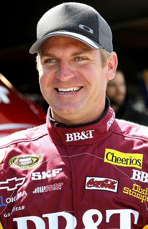 Points Standing: 8   Wins: 0   Top 10s: 6   Top 5s: 2   2011 Season:  Coming in second in the closest race in NASCAR history had to sting Clint Bowyer at Talladega this year. He has capitalized on consistency this year, but can he finally make it to Victory Lane?