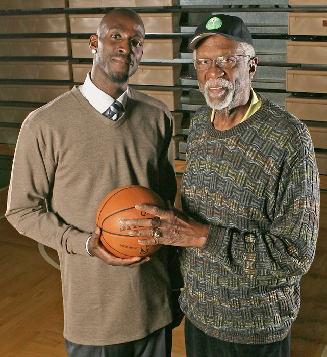 Kevin Garnett with the Celtics legend in March 2008.