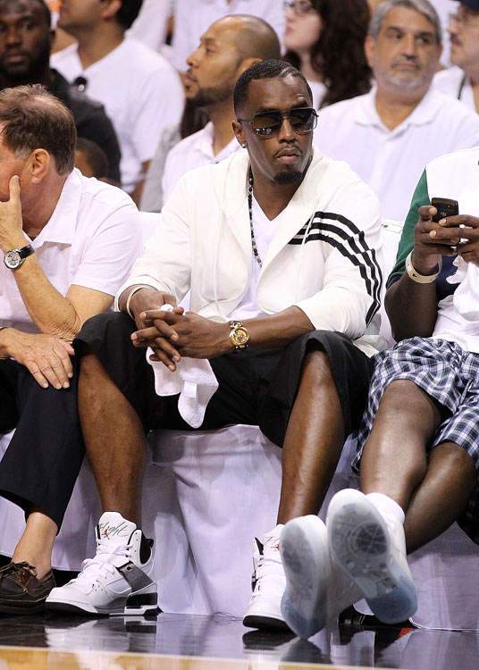 Just after creating a stir in New York City for getting his own police escort to a nightclub, Diddy jet-setted to Miami for Game 1 of the Heat-Celtics series.