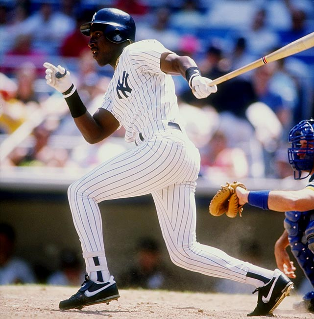 Before the first out in the eighth inning was made, the Yankees scored nine runs, including a two-run single by Roberto Kelly, to rally and take a 13-7 lead over the Brewers and eventually win 13-10.