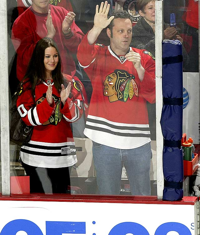 Vancouver Canucks at Chicago Blackhawks Game Four - Western Conference Quarterfinals
