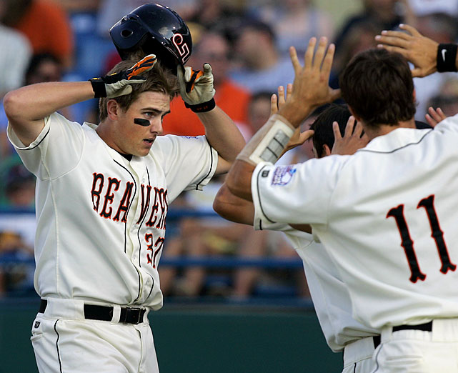 Oregon State denied North Carolina its second shot at the title in 2007 with the help of Jordan Lennerton (left). The Beavers' slugger sent two bombs over the Rosenblatt fence as Oregon State routed the Tar Heels in consecutive games.
