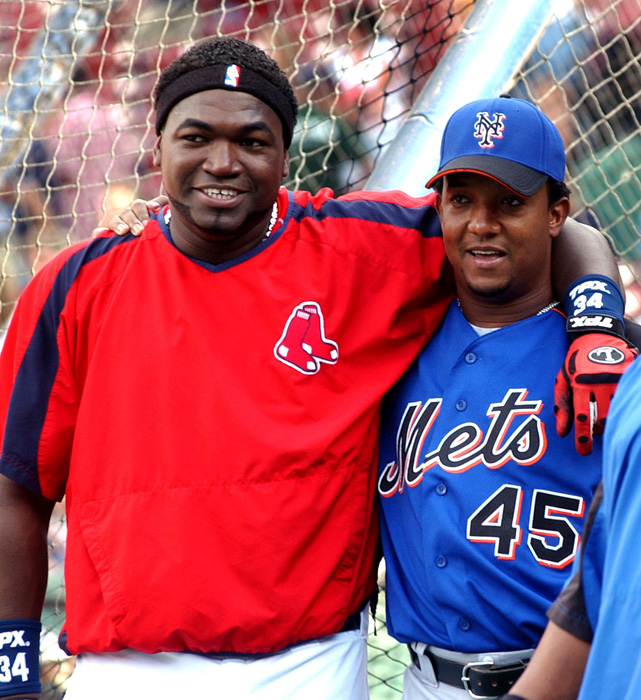 Ortiz shows that there is no bad blood between him and former teammate Pedro Martinez in 2006. It was the pitcher's first return to Fenway Park since leaving the Red Sox.