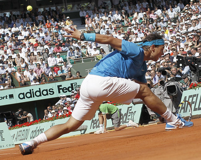 Rafael Nadal extends for a return to Robin Soderling during Wednesday's match.