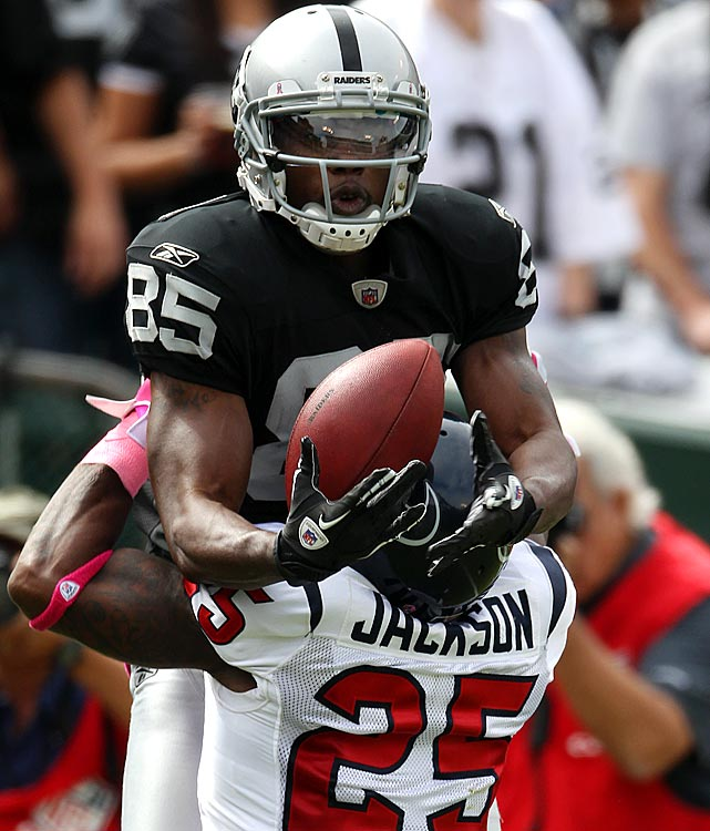 The Oakland Raiders' wide receiver could have stayed on the list had he been effective in the 2010 season. Heyward-Bey averaged less than two receptions per game for 366 receiving yards and only one touchdown.