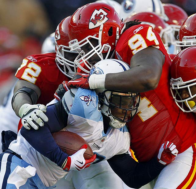 It appears Jackson's $57 million contract with the Chiefs over five years ($31 million of which is guaranteed) did not pay out as much this year compared to last year's whopping $17 million handout.