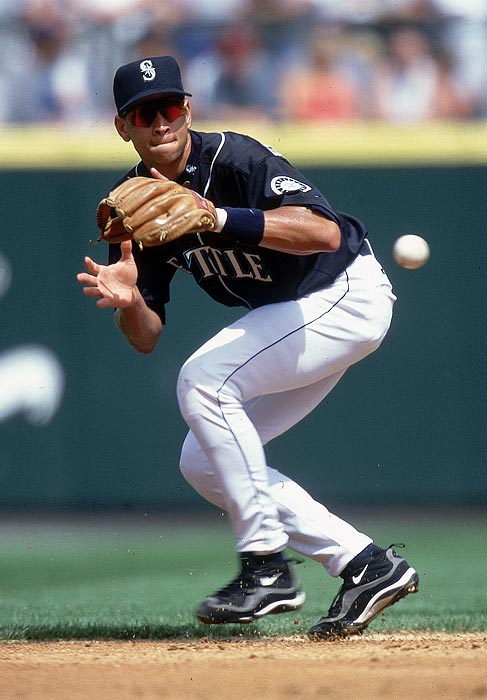 With the losses of Randy Johnson and Ken Griffey Jr. still fresh in Seattle fans' memories,  Alex Rodriguez's move to Texas in 1999 -- and the fact that he signed what at the time was the biggest contract in baseball history -- did not go down well with the Mariners' fans. They're still known to pepper the  third baseman with more boos than he is usually accustomed to hearing.