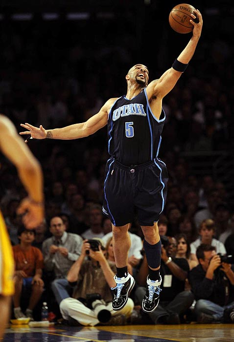 "Before LeBron James in Cleveland, there was Carlos Boozer in 2004. Despite the  Cavaliers' claim that Boozer had made a verbal commitment to re-sign with the team, he signed with the Utah Jazz, who made a bigger offer. His departure was met by criticism from then-Cavaliers owner Gordon Gund, who said, ""In the final analysis, I decided to trust Carlos and show him the respect he asked for. He did not show that trust and respect in return."""