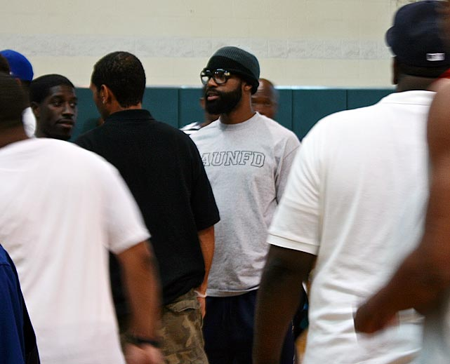 The Los Angeles native is trying to arrange a game next month between the Drew League and the Washington, D.C.-based Goodman League, another famous pro-am circuit known to attract NBA talent.