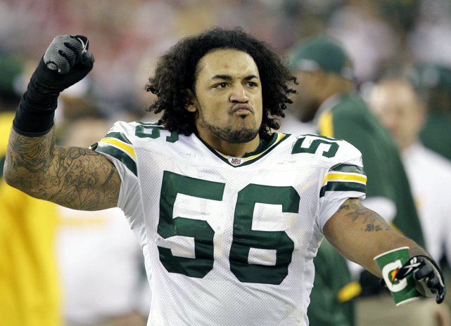 Two days after being released by the Packers, MLB Nick Barnett signed a three-year, $12 million deal with the Bills, who lost LB Paul Posluszny to the Jaguars. Barnett, who was drafted by the Packers in 2003, was a mainstay of their defense until injuries derailed his career, forcing him to end two of the last three seasons on the IR.