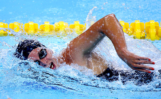University of Southern California's Haley Anderson swims to the gold medal in the 1500m event.
